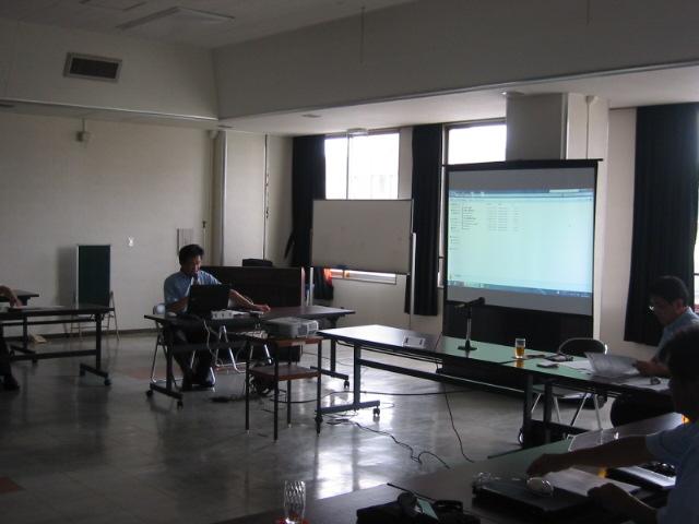 福島県いわき市の(株)山木工業与田裕ISO推進室長の「地球にやさしいふくしま県民会議いわき地方会議」での発表の様子
